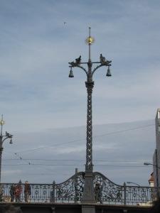 Laterne auf der Weidendammer Brücke