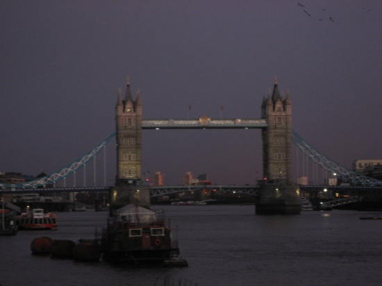 Tower bridge am Abend 03/2010 (Dank an Charly!)