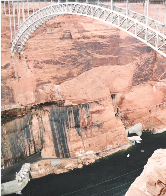 Stahlbrücke über den Colorado