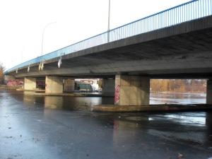 Salvator-Allende-Brücke von Süd-Osten aus