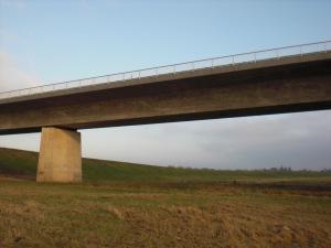 Vorlandbrücken auf Dömitzer Seite