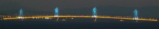 Rio-Andirrio Brücke zwischen dem Peleponnes und dem griechischen Festland