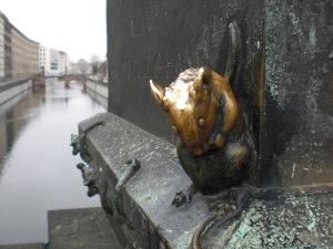 Das Maskotchen der Gertraudenbrücke