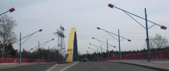 Südosttangente: Mittelträger Bogenbrücke