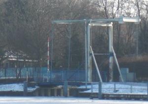 Klappbrücke an der Spree