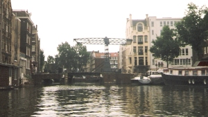 Amsterdam:Klappbrücke Quelle: ponton