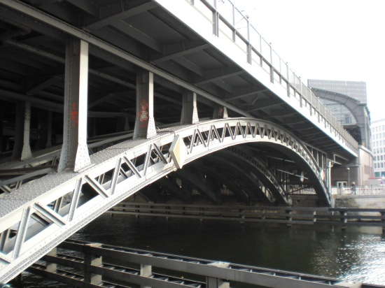 Fachwerkbogenbrücke über die Spree von 1882