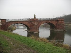 Grimma, Pöppelmanbrücke nach der großen Flut 2002