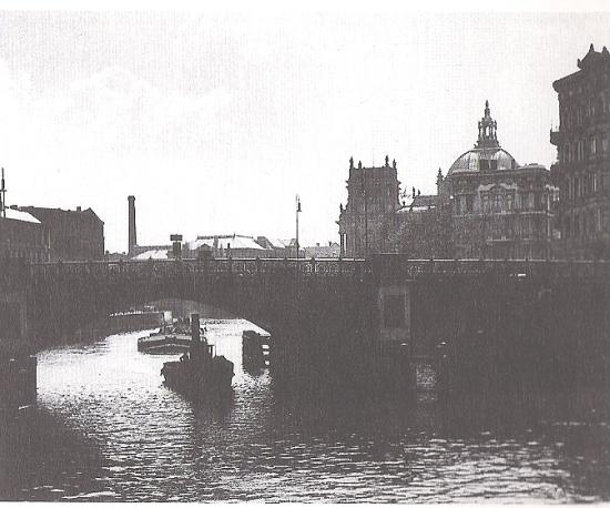 Historische Kronprinzenbrücke (Ausstellungskatalog Berliner Brücken 1991, SenBauWo)