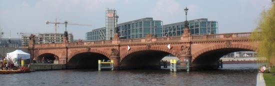 Moltkebrücke aus Richtung Westen