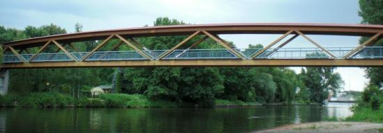 Betonrampen ponton 39 s br cken for Holzfachwerk verbindungen