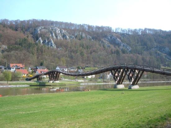 Holzbrücke über den Rhein-Main-Donau-Kanal