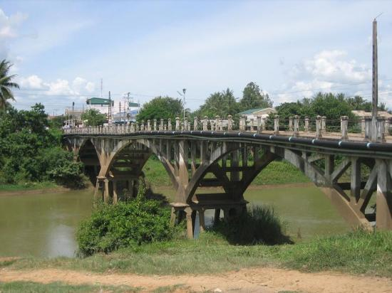 Älteste Brücke in Battambang/ Kambodscha