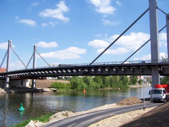 Bamberg: Schrägkabelbrücke
