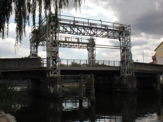 Hubbrücke Schwaan