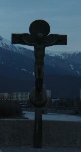 Innsbruck: Jesus am Kreuz auf der Alten Innsbruck