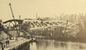 Jannowitzbrücke nach der Sprengung 1945