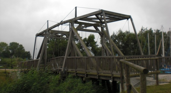Ziehbrücke über den Köhnschen Kanal