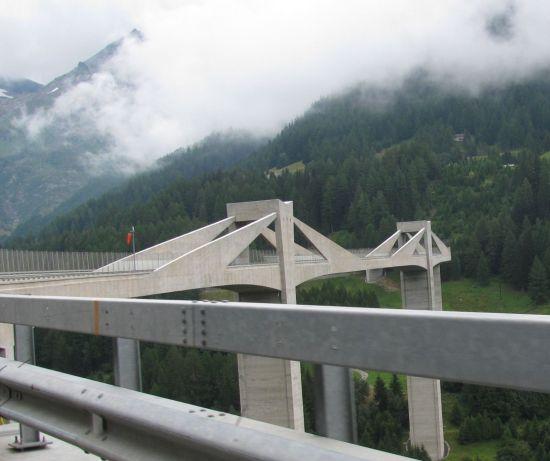 Ganterbrücke im Zuge der Simplonpassstraße