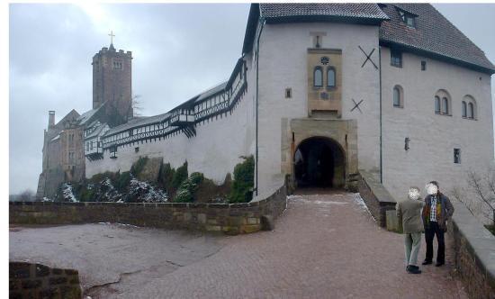 Zugang zur Wartburg über eine Zugbrücke