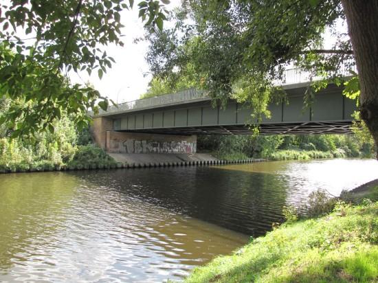 Eugen-Kleine-Brücke über den Teltowkanal