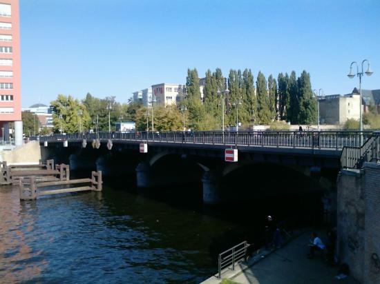 ponton Schillingbrücke27-09-09