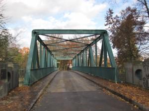 Blick auf die Fahrbahnebene der Triglawbrücke