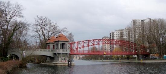 Panorama der Sechserbrücke in Tegel