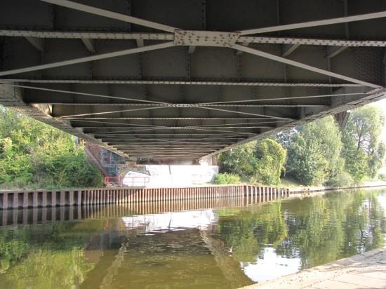 Baumschulenbrücke von unten