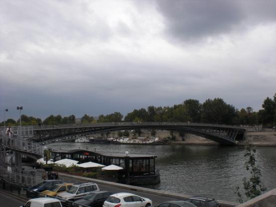 Ponton-Passerelle Léopold-Sédar-Senghor