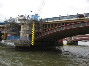 ponton-Blackfriars Sanierungsarbeiten