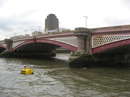 ponton-Ansicht der Blackfriasbrücke