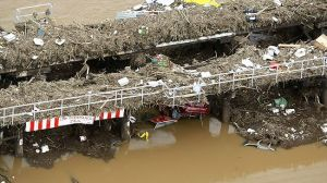 grantham-floods-bridge
