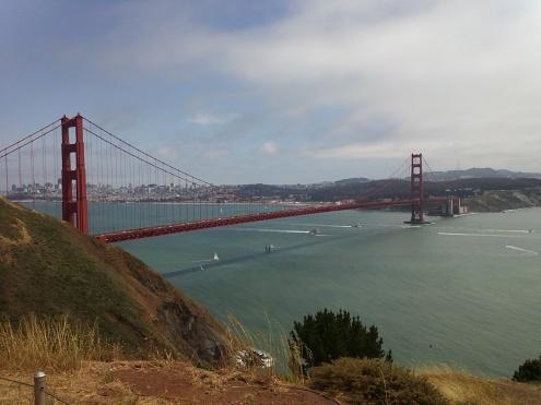 Golden Gate Bridge am 75. Geburtstag vom Hawk Hill aus gesehen